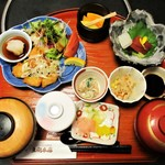 太閤本店 - 太閤定食 1,050円(税別)。
