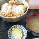 ドライブイン田村 - カツ丼