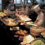 燦 - 『前岡農園の手摘み野菜料理』旬香デザートビュッフェも充実♪