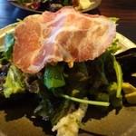 ノムカ+cafe - ◆前菜・・見た目は前回と同じくボリュームがありますが、お野菜に添えられるお料理の量が少なくなりましたね。 出来れば、前回と同じレヴェルを維持していただきたいかしら。