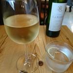 ブラッスリー ロノマトペ - (2017年6月 訪問)ランチワイン、シャトーラ ライル、770円。スキっと飲みやすい。