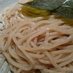 69321692 - 渡り蟹のつけ麺(麺アップ)