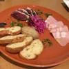 富士屋本店 - 料理写真:前菜の盛り合わせ