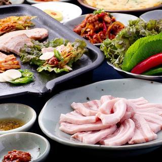 【食べ放題】サムギョプサル食べ放題コース・食べ飲み放題もOK