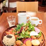チャヤマクロビ - 季節野菜と玄米のプレート