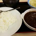 松屋 - ハンバーグカレー590円+生野菜110円