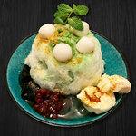 カフェ マラッカ - 抹茶のアイスカチャン(東南アジアかき氷)小梅うさぎのアイスカチャンかき氷