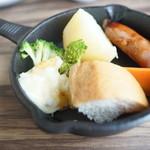 レストラン シズル - ラクレットチーズ