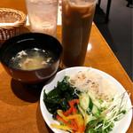 69334513 - スープ、サラダバードリンク+200円アイスコーヒー