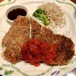 naniwaen - 鉄板牛カツレツ(ライス、サラダバー、スープ付き)1000円ドリンク+200円