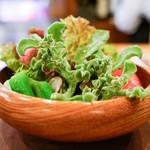 ステーキハウス バロン - サラダ