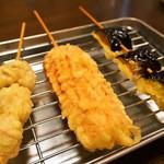 堺うどん ちはや - ビールセット(串の天ぷら:とり、ちくわ、なす)