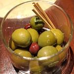 ブルーノート東京 - イタリア産 オリーブのマリネ