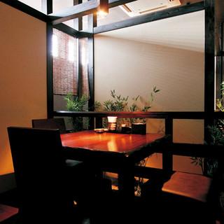 接待や特別なお席にもご利用いただける個室を完備