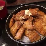 69350381 - 炭焼き豚丼 900円