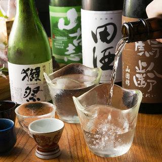 全国から厳選して取り揃えた日本酒や果実酒