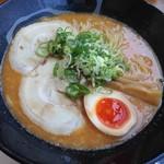 湾岸ラーメン食堂 - 辛みそラーメン 780円