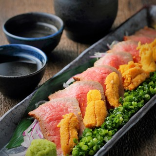 肉バル自慢の肉メニューが人気!!