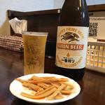 麺座 かたぶつ - 瓶ビールとおつまみ♪