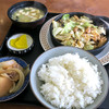 Yamakishokudou - 料理写真:「ホルモン定食」(650円)。早くなかったケド・・・安い。ウマイ。