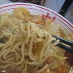 蒙古タンメン中本 - 極太麺