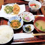 甘露 - 料理写真:本日のおばんざいランチ