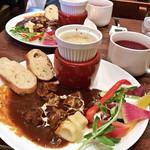 カフェ ランドスケープ - デミグラ牛タンプレート(税込1,200円)
