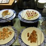 レストラン セリーナ - ケーキいろいろ