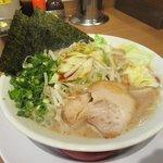 九州釜焚きとんこつ ばってんラーメン - 料理写真:野菜盛りラーメン2017.06.30