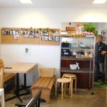 ヤサイクル - カフェスペース
