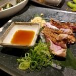 六角鶏 - 鶏モモたたき