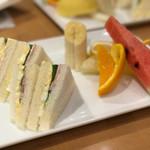 京橋千疋屋 - モーニング サンドセット 756円