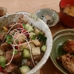 69407865 - 藁焼き鰹のわさび風味丼定食