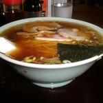 ひろ美食堂 - 料理写真:ラーメン 600円