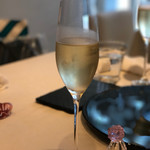 69408872 - シャンパン ティエリー・トリオレ