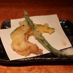 魚匠 銀平 - いかげそ、インゲン、カボチャの天ぷら