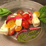 AW55 - カラフルトマトとモッツァレラのカプレーゼ