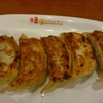 桂園 - 料理写真:焼き餃子