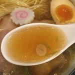 らーめん心繋 - スープ
