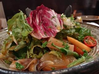 空 - 韓国風海鮮サラダ