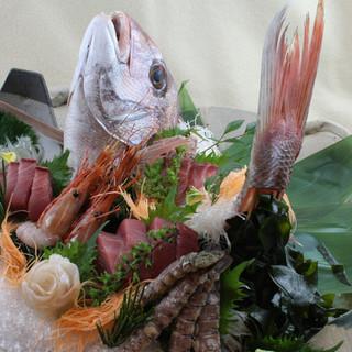 新鮮な魚介類でおもてなし致します♪