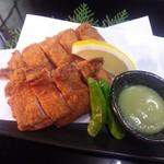 駒弥 - 料理写真:若鶏の唐揚げ