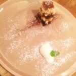 イゾリーナ - デザートは、ティラミスとアイス。