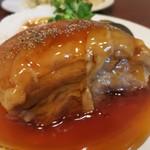 69437042 - ・「角煮定食(¥1000)」の肉アップ。