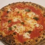 69437089 - マルゲリータピザ  ピザはハーフ&ハーフもできます