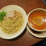 希望軒 - ピリカつけ麺 880円