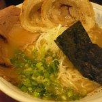 肉支那蕎麦 喜元門 - 鶏白湯煮干し醤油(730円)、肉増(3枚/200円)