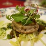 シャテール - 宮城産鮑のポワレ 海藻バターのソース