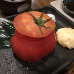 川崎銀柳街のひもの屋 - 冷やしトマト。焼き物じゃないぞ