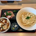 うどん 寿製麺 - 「寿うどん 中盛」800円